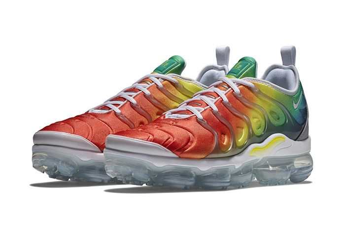 Nike Vapormax Plus Neptune Green Yellow 4