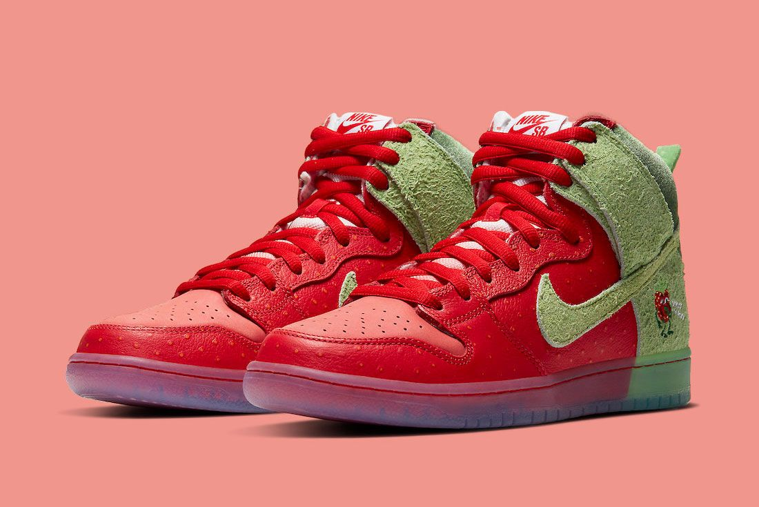Nike SB Dunk High 'Strawberry Cough'