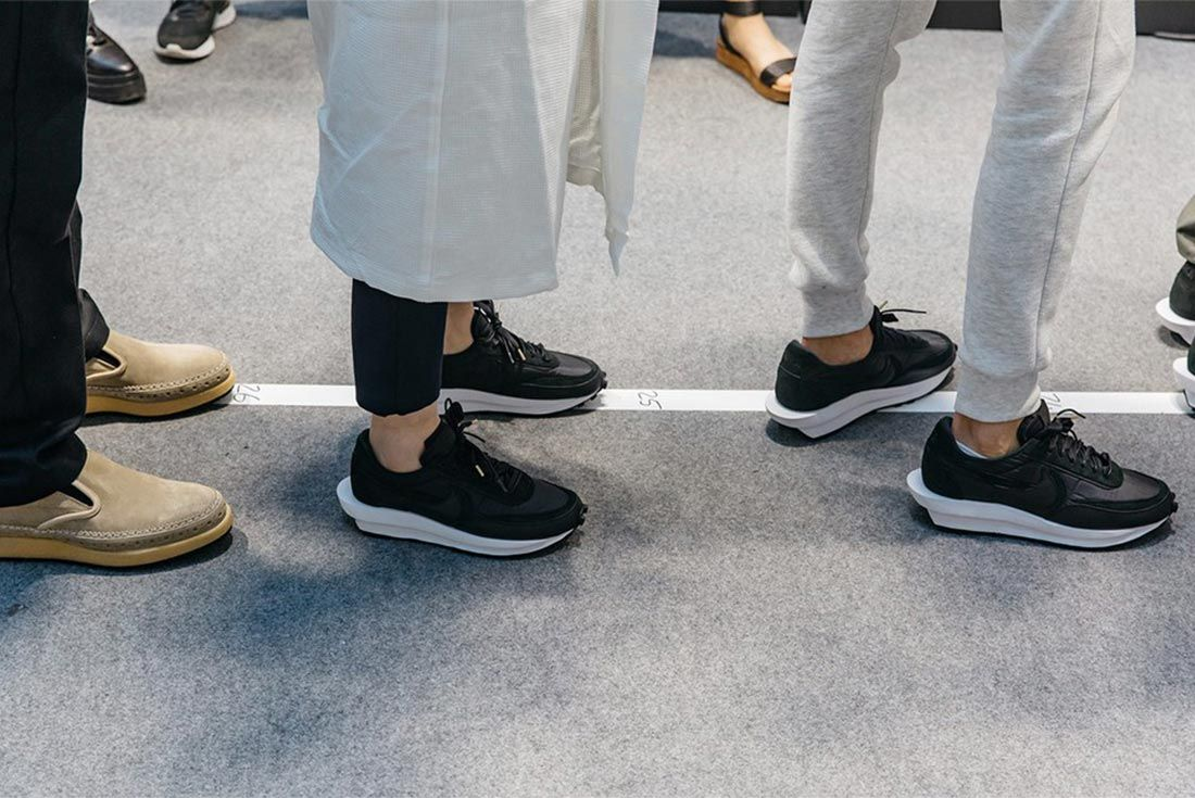 Sacai Ss20 Nike Waffle Lateral On Foot Side Shot