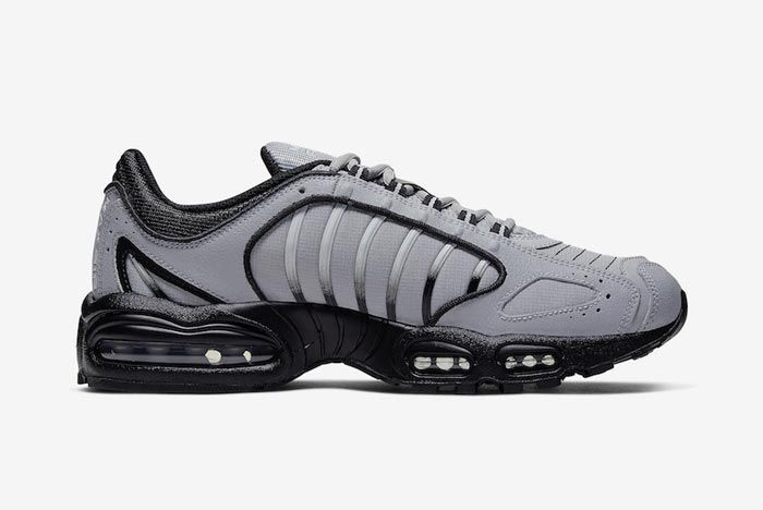 Nike Air Max Tailwind 4 Black Grey Medial