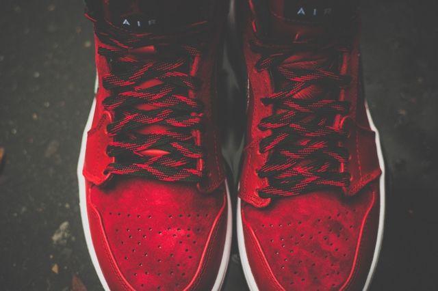 Air Jordan 1 High Og Red Olive 4