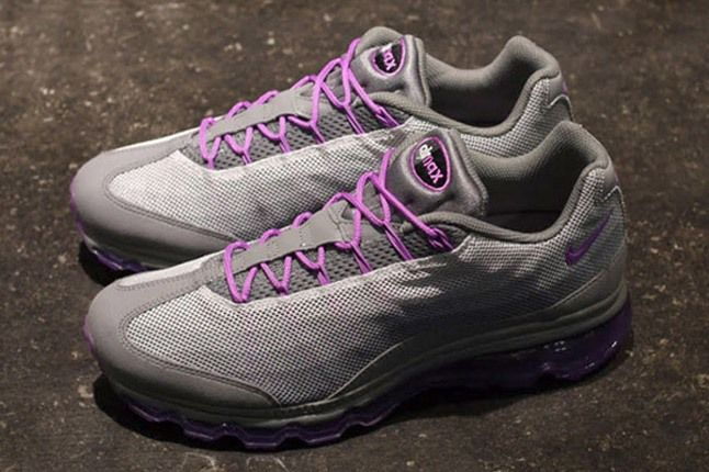 Nike Wmns Air Max 95 Dynamic Flywire Purple Grey Pair 1