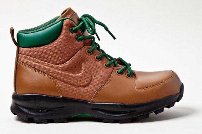Nike Acg Manoa Boot Sherwood Forest Side 1