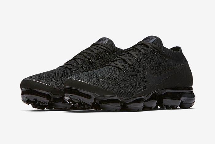 Nike Air Vapormax Triple Noir 3