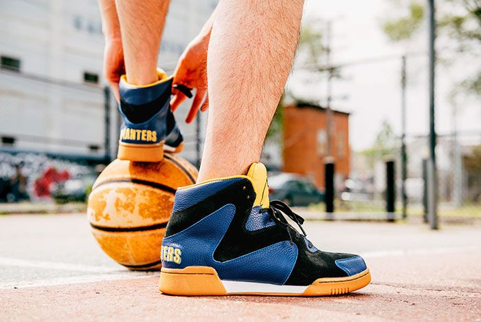 Crunch Force 1S On Foot Basketball