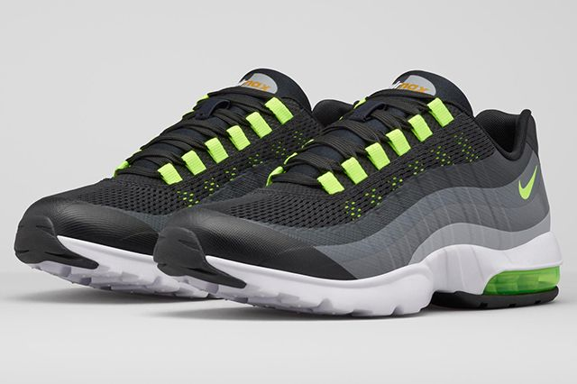 Nike Womens Air Max 95 Ultra4
