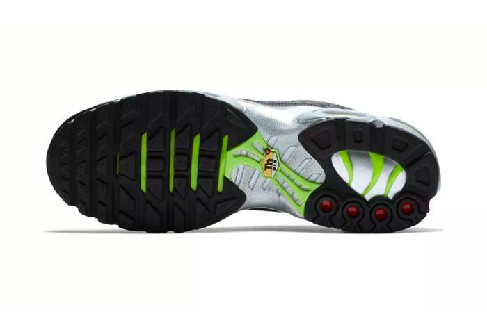 Nike Air Max Plus Premium Black Grey 4