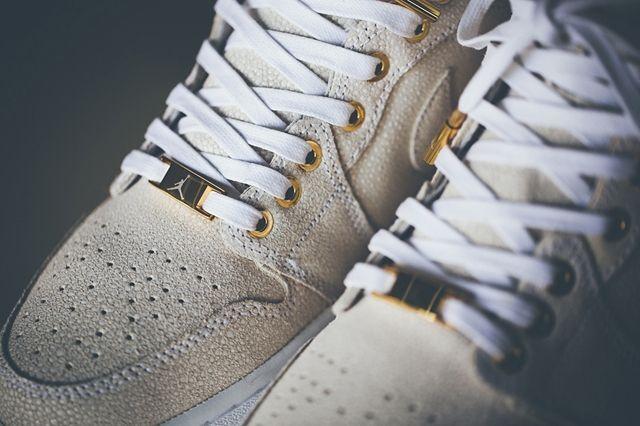 Air Jordan 1 Pinnacle Gold 1