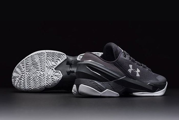 Under Armour Curry 2 Low 1