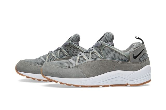Nike Huarache Light Tumbled Grey 3
