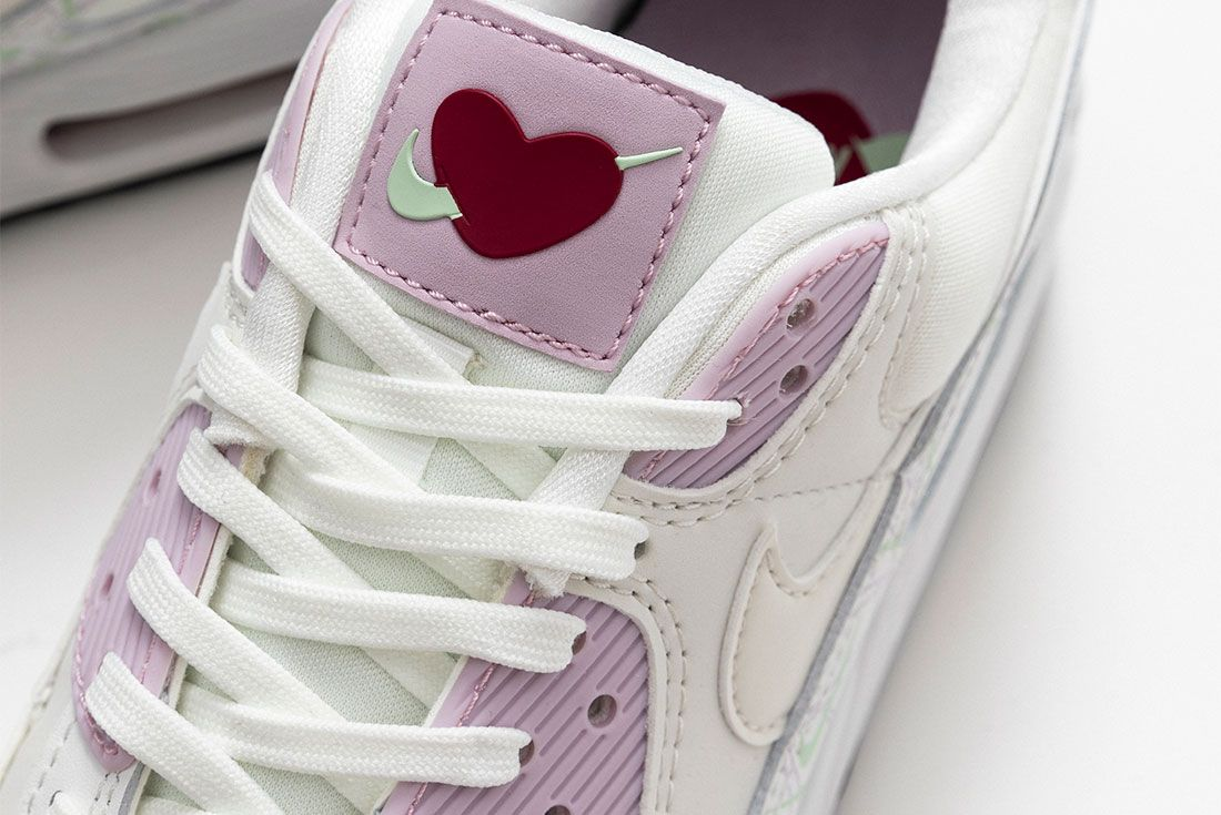 Valentines Day Nike Air Max 90 Air Force 1 07 Se Close 2