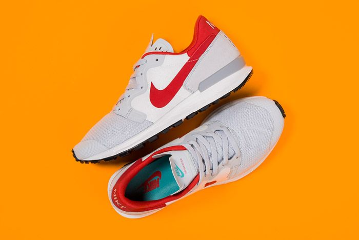 Nike Air Berwuda Pure Platinum 1