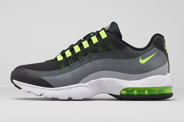 Nike Womens Air Max 95 Ultra2