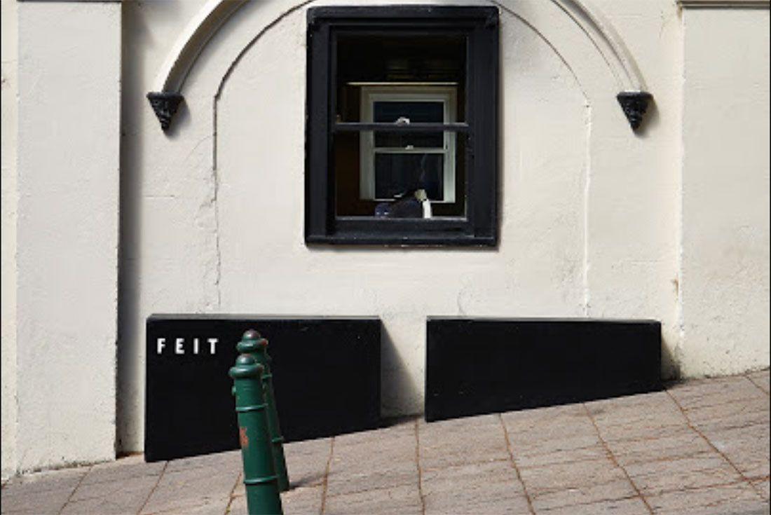 Feit Sydney Street Shot