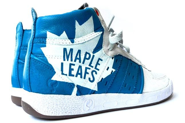 Maple Leafs 00 1