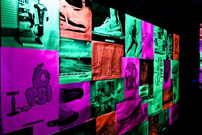 Nike Air Max Anniversary London Wall 1