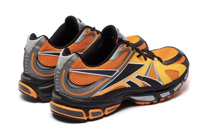 Vetements Reebok Spike Runner 200 Orange Heel