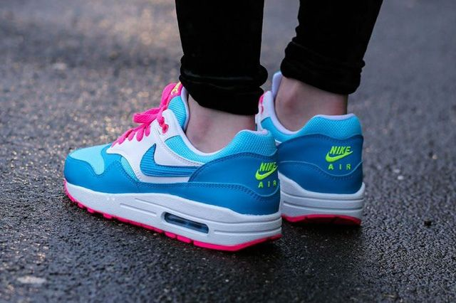 Nike Air Max 1 Clear Water Pink Power 2