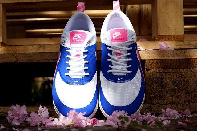 Nike Air Max Thea Game Royal Pink Glow 4
