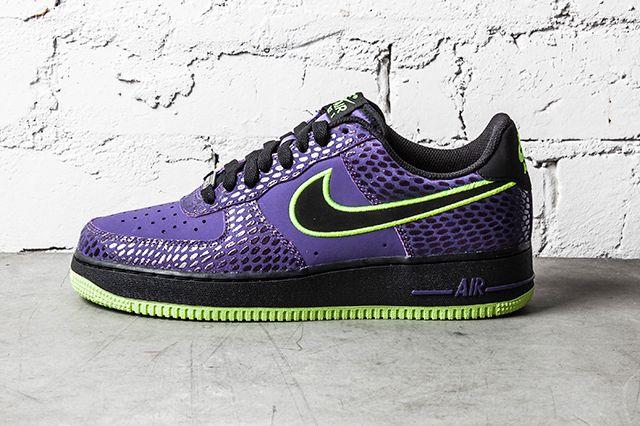 Nike Air Force 1 Court Purple Volt 3