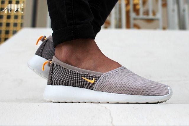 Nike Wmns Roshe Run Slip 3