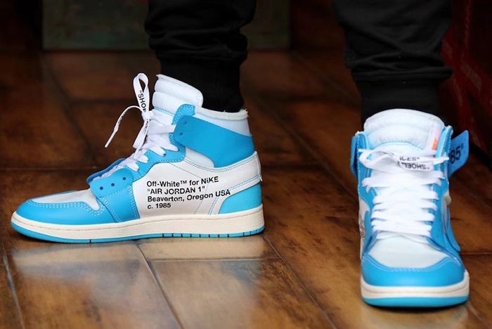 Off White Aj1 Unc On Foot 2