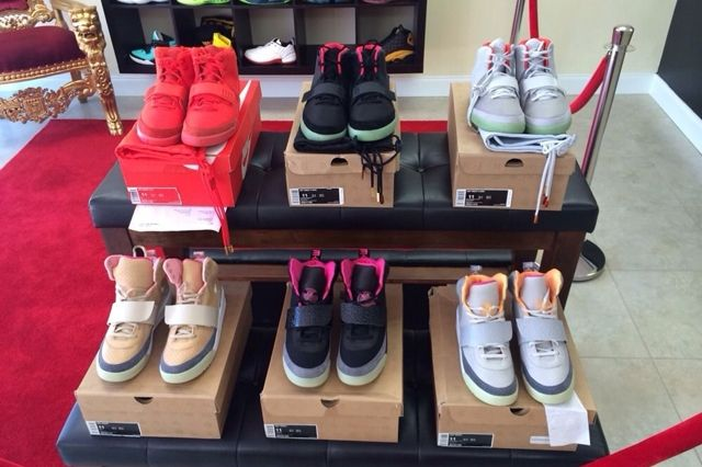 Nike Air Yeezy Full Collection Auction 12