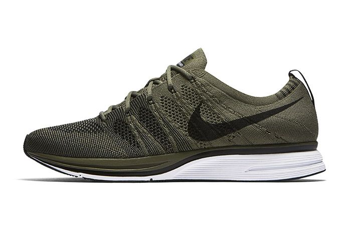 Nike Flyknit Trainer Medium Olive 2