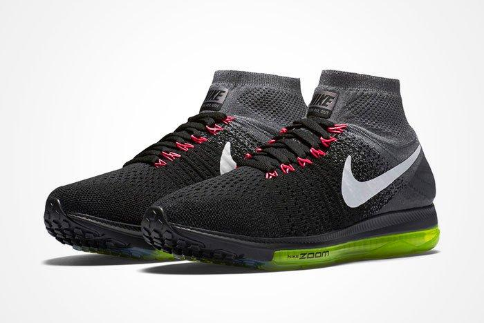 Nike Zoom All Out Flyknit Blackvolt Feature