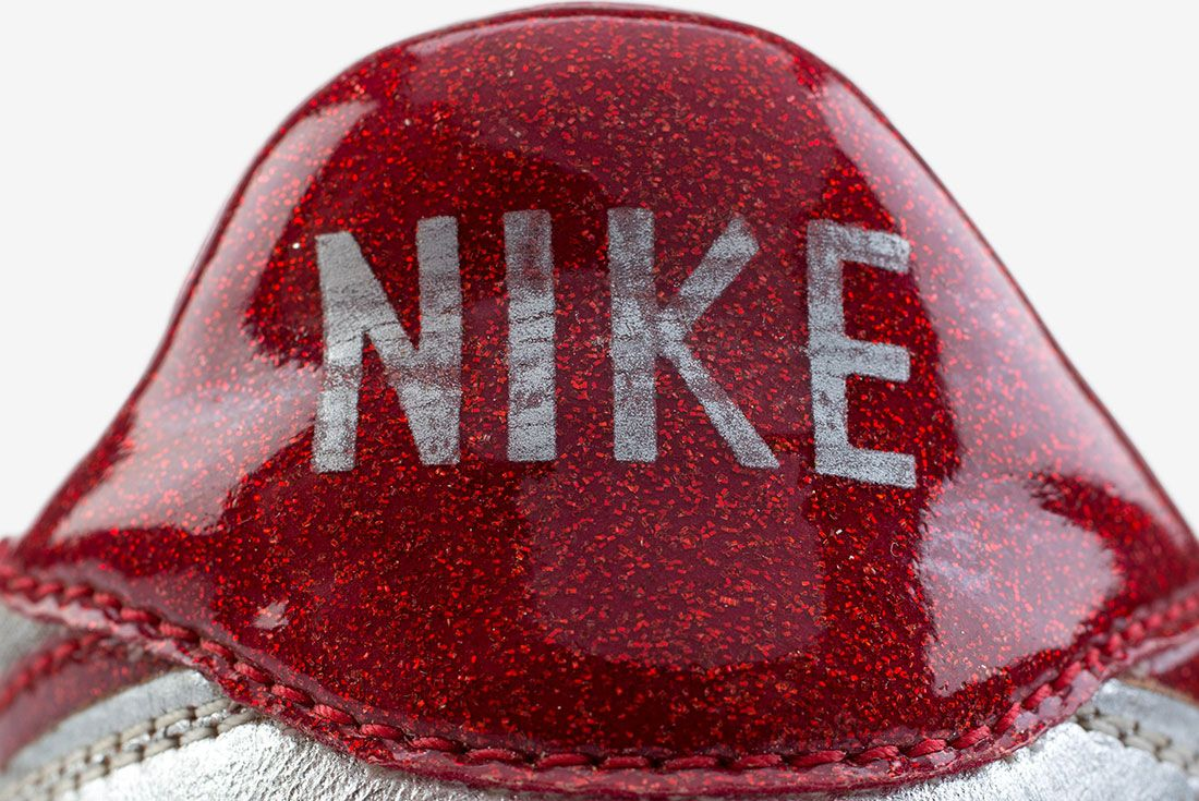 Nike Night Trak 7