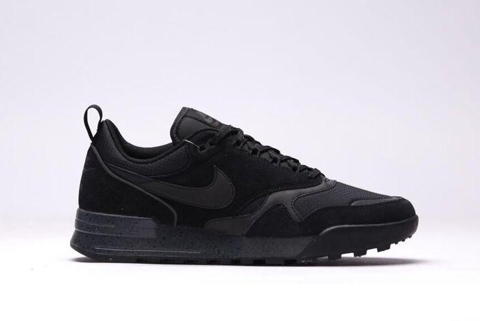 Nike Odyssey Black 4