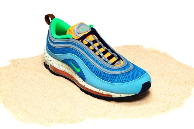 Nike Air Max Bor Pack Am97 Front Quarter 1