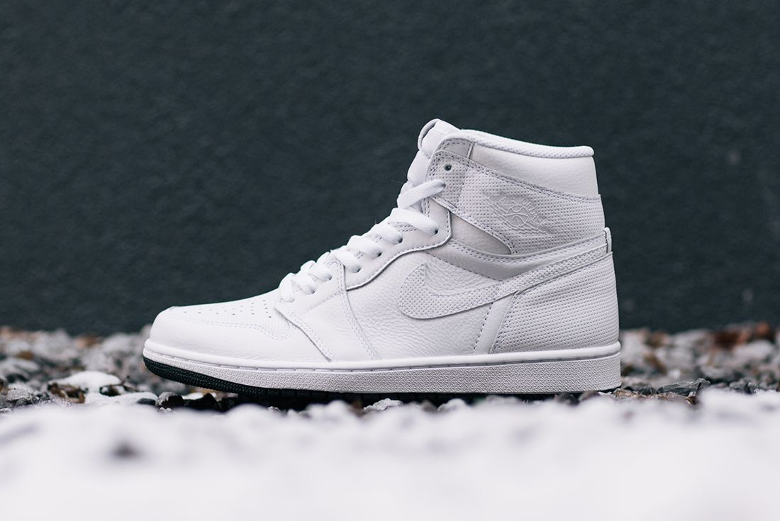 Air Jordan 1 Yin Yang Pack11