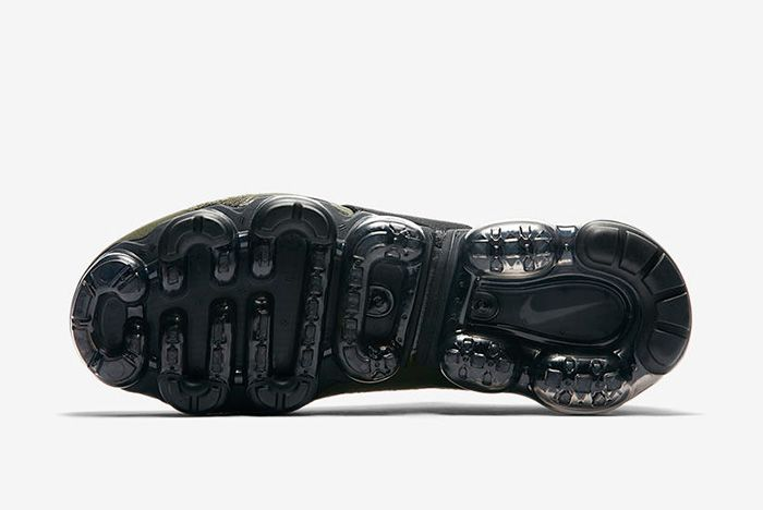 3 Vapormaxmoc Sneaker Freaker