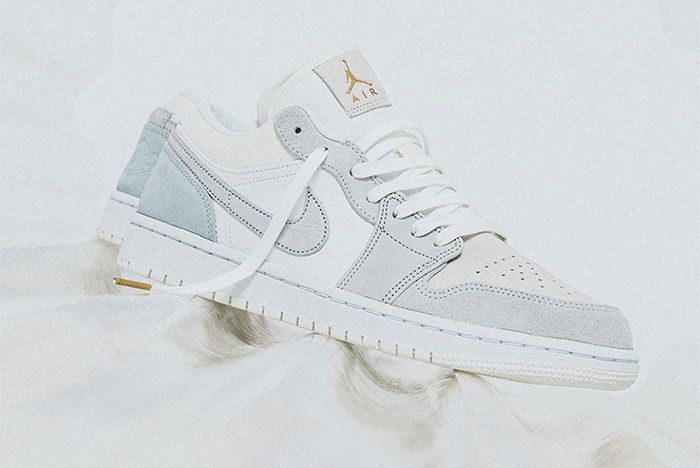 Nike Air Jordan 1 Low Paris Left Right
