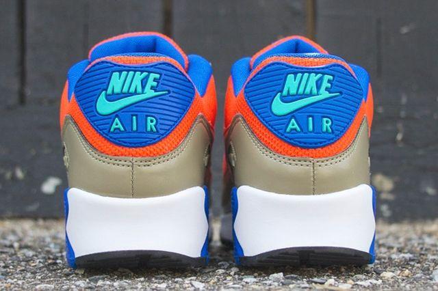 Nike Air Max 90 Essential Bamboo Team Orange Cobalt 4