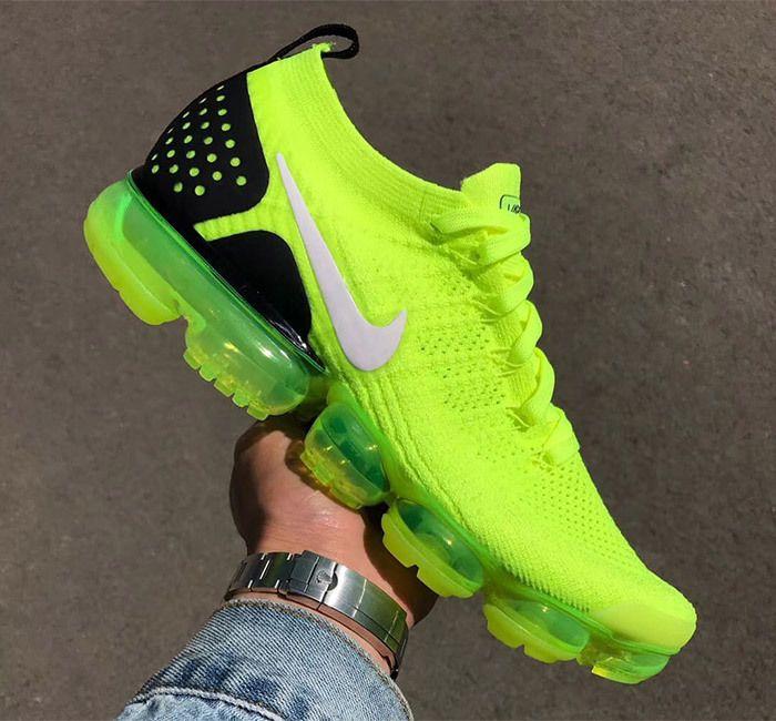 Nike Air Vapormax 2 Flyknit Volt 942842 700 2