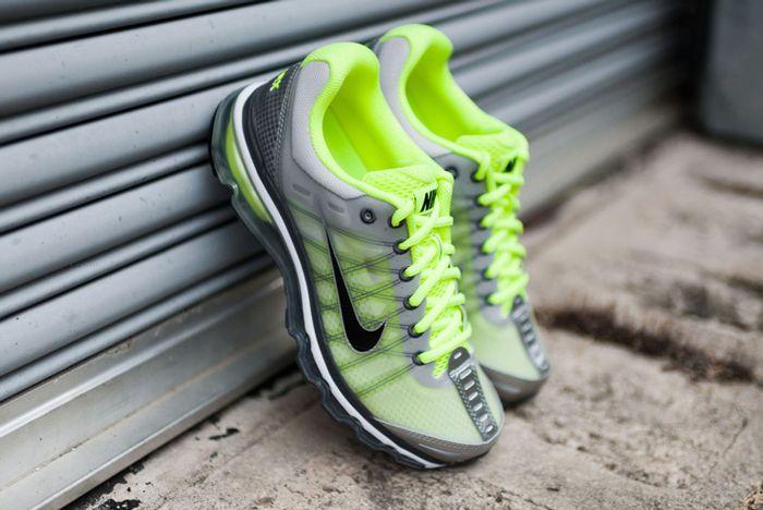 Nike Air Max 2009 Volt5