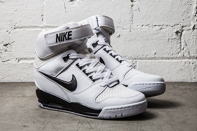 Nike Air Revolution Sky Hi Black White 1