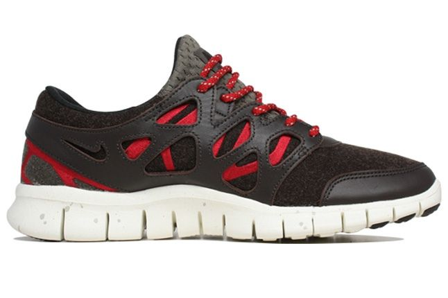 Nike Free Run 2 Quickstrike Side Profile 1