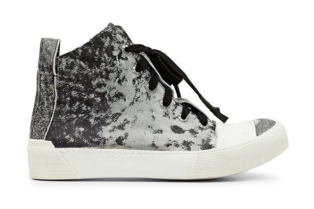 Sneakerboy 28