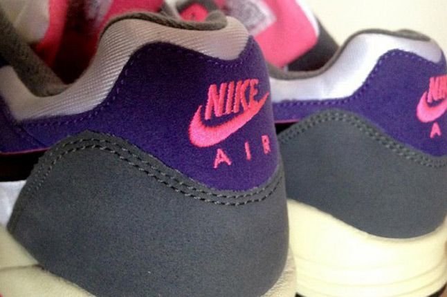 Nike Air Base 2 2013 Sample Heels Detail 1