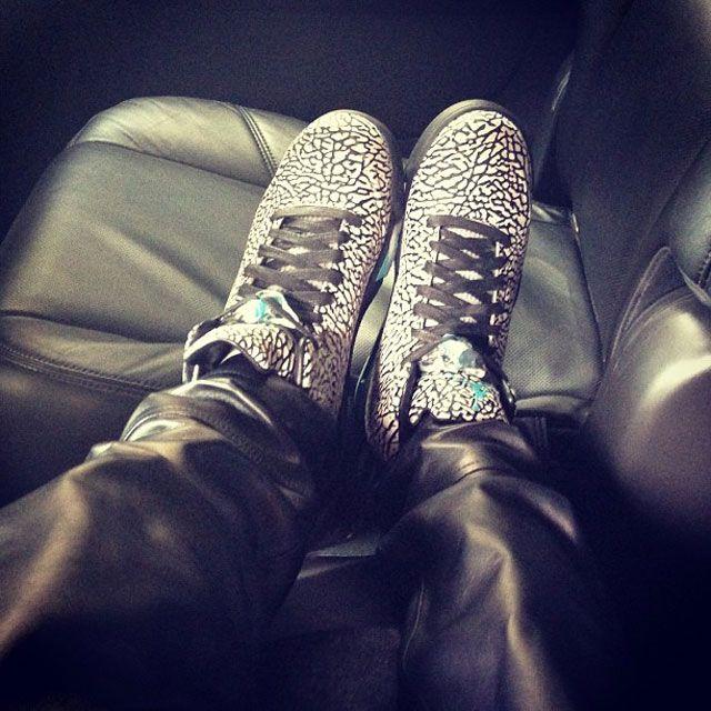 Rhiana Kicks 7