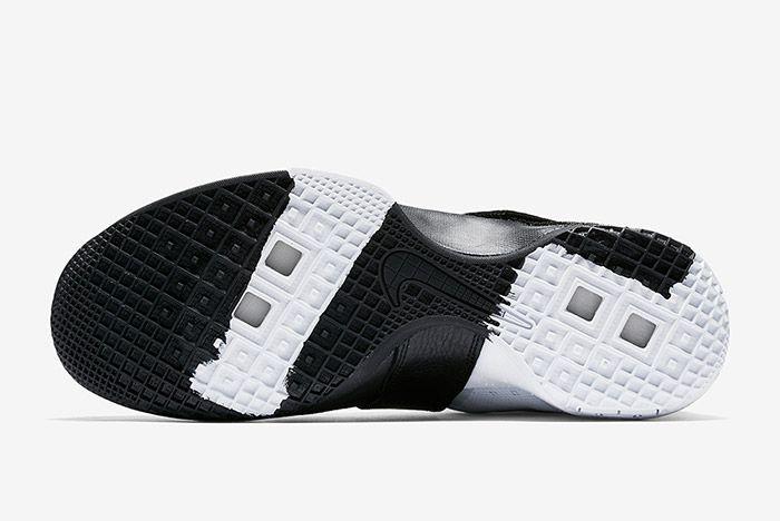 Nike Lebron Zoom Soldier 10 Pinnacle Black White 1