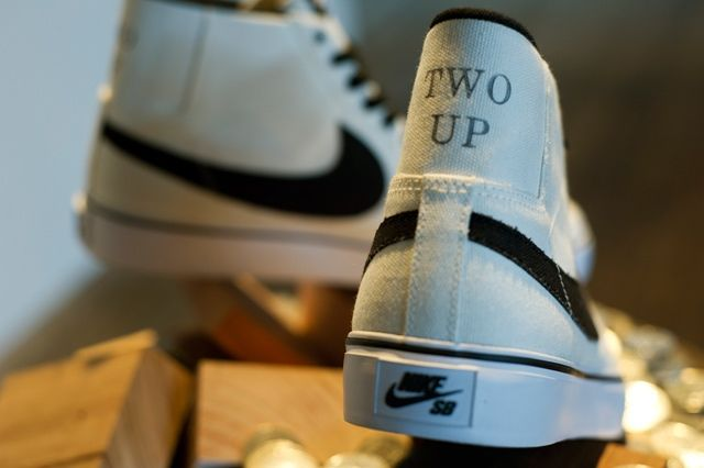 Two Up Zoom Blazer Mid 1