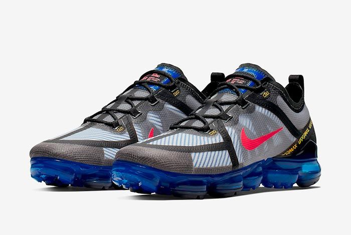 Nike Air Vapormax 2019 Bright Crimson Hyper Blue Ar6631 008 Three Quarter Angle Shot