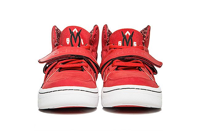 Adidas Mutombo Tr Block Scarlet Frontview