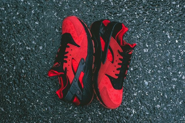 Nike Air Huarache Love Bumper 5