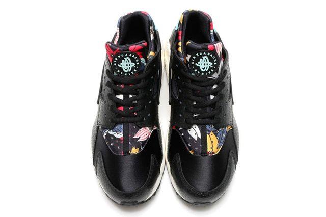 Nike Floral Huarache 4