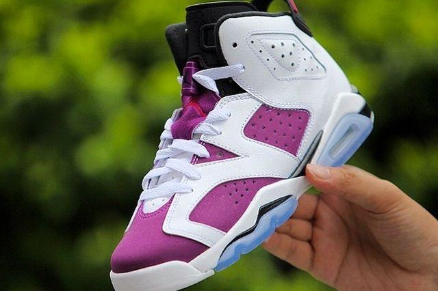 Air Jordan 6 Bright Grape 1